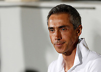 Calcio: amichevole Fiorentina vs Barcellona. Firenze, stadio Artemio Franchi, 2 agosto 2015.<br /> Fiorentina coach Paulo Sousa waits for the start of the friendly match between Fiorentina and FC Barcelona at Florence's Artemio Franchi stadium, 2 August 2015.<br /> UPDATE IMAGES PRESS/Riccardo De Luca