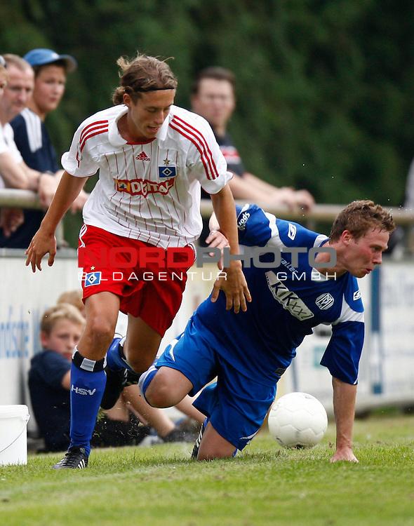 Testspiel Saison 08/09<br /> HSV II - SV Meppen <br /> Patrick Posipal   (HSV II #14) - Stephan Wille (SV Meppen #7)<br /> Foto &copy; nph (  nordphoto  )<br /> <br /> <br /> <br />  *** Local Caption ***