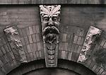 Gateway Gothic Figure