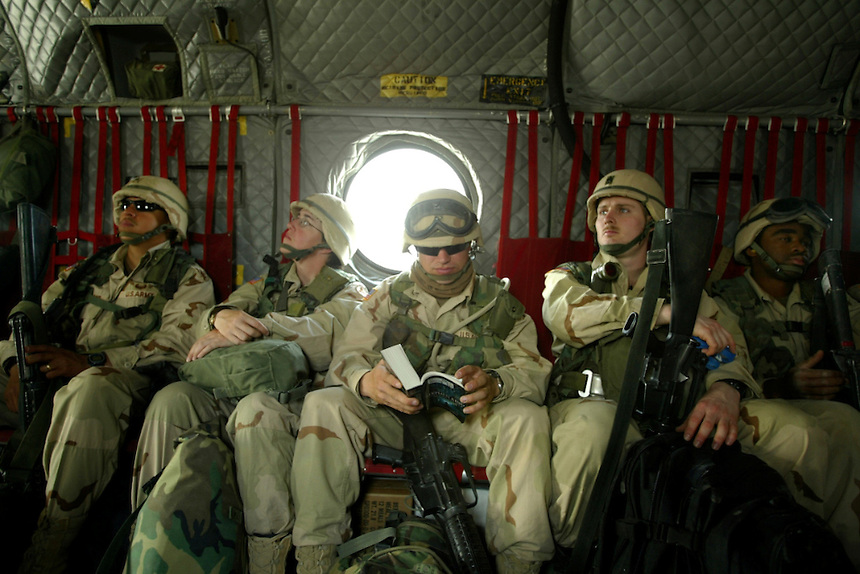 000000.NA.0413.Udairi.kpc--Kuwait--US Army sets up camp in Udairi.
