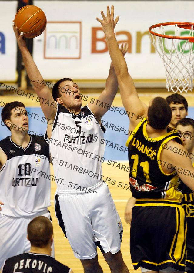 Kosarka, NLB Liga, season 2006/07Partizan Vs. Split (craoatia)Luka Bogdanovic, leftBeograd, 27.01.2007.FOTO: Srdjan Stevanovic