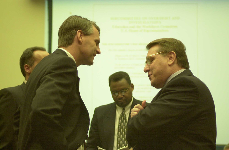 RC20000328-111-TW: March 27, 2000: James Hoffa, President of the Teamsters, talks to Rep. Tim Roemer,at a subcommittee hearing..   Tom Williams/Roll Call.