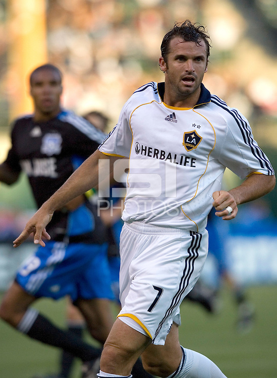 14 June 2008: Chris Klein of the Galaxy in action during the game against the Earthquakes at McAfee Coliseum in Oakland, California.   Los Angeles Galaxy defeated San Jose Earthquakes, 3-0.