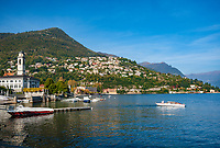 Italy, Lombardia, Cernobbio: on the West Banks of Lake Como with parish church San Vincenzo, at background Villa d'Este and district Rovenna | Italien, Lombardei, Cernobbio: am Westufer des Comer Sees mit der Pfarrkirche San Vincenzo, im Hintergrund die Villa d'Este und  der Ortsteil Rovenna