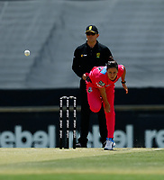 2nd November 2019; Western Australia Cricket Association Ground, Perth, Western Australia, Australia; Womens Big Bash League Cricket, Melbourne Renegades versus Sydney Sixers; Marizanne Kapp of the Sydney Sixers bowls during her spell - Editorial Use
