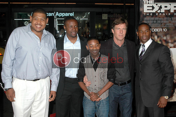 Omar Benson Miller, Rob Brown, Justin Martin, and Dennis Quaid with Darrin Dewitt Henson<br />at the Los Angeles premiere of 'The Express'. Grauman's Chinese Theatre, Hollywood, CA. 09-25-08<br />Dave Edwards/DailyCeleb.com 818-249-4998