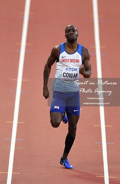 Dwayne Cowan (GBR) in the mens 400m. IAAF world athletics championships. London Olympic stadium. Queen Elizabeth Olympic park. Stratford. London. UK. 06/08/2017. ~ MANDATORY CREDIT Garry Bowden/SIPPA - NO UNAUTHORISED USE - +44 7837 394578