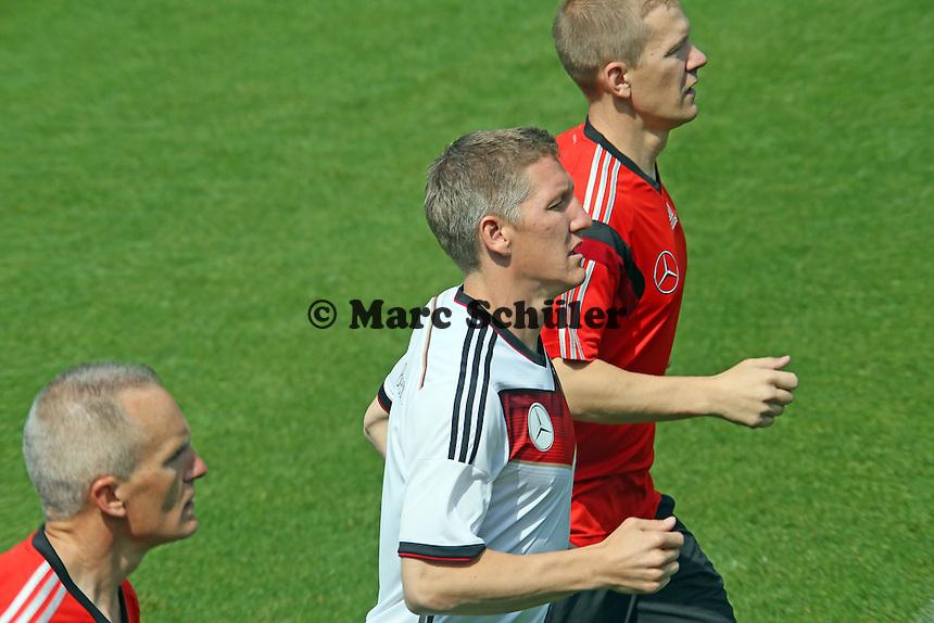 Bastian Schweinsteiger beim Einzeltraining - Trainingslager der Deutschen Nationalmannschaft zur WM-Vorbereitung in St. Martin