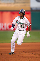 Cedar Rapids Kernels outfielder Adam Walker #38 runs during a game against the Lansing Lugnuts at Veterans Memorial Stadium on April 29, 2013 in Cedar Rapids, Iowa. (Brace Hemmelgarn/Four Seam Images)