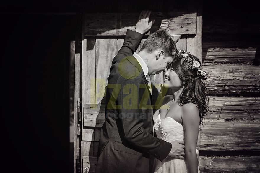 A beautiful Summer wedding photographed at the London Wetland Centre
