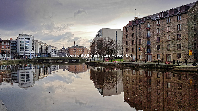 Pictured: Water of Leith.<br /> Re: Edinburgh, Scotland, UK. 06 April 2018