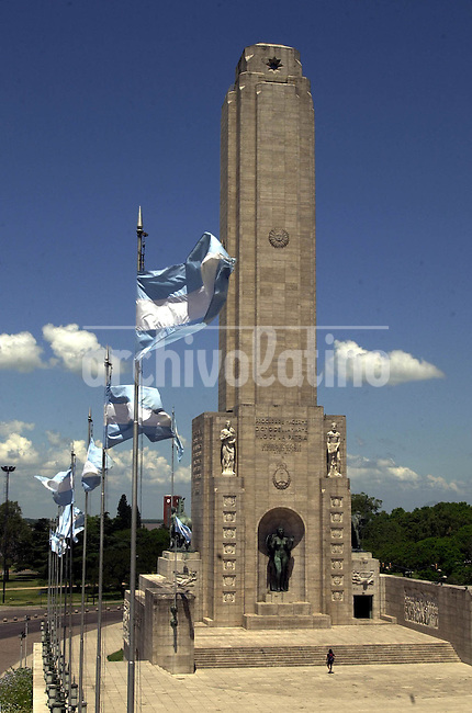 Monumento a la Bandera en la ciudad de Rosario, en la barranca sobre el rio Parana en la cual en 1812 el general Manuel Belgrano izó por primera vez la bandera argentina.*Flag Memorial in Rosario city in the hill over the Parana river where in 1812 General Manuel Belgrano rised the Argentine flag for the first time *Monument dédié au drapeau argentin à Rosario, dans un ravin près du fleuve Parana, là où en 1812 le Général Manuel Belgrano hissa le drapeau pour la première fois. +histoire, édifices, personnalités, tourisme ..