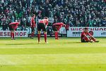 13.04.2019, Weserstadion, Bremen, GER, 1.FBL, Werder Bremen vs SC Freiburg<br /> <br /> DFL REGULATIONS PROHIBIT ANY USE OF PHOTOGRAPHS AS IMAGE SEQUENCES AND/OR QUASI-VIDEO.<br /> <br /> im Bild / picture shows<br /> Christian G&uuml;nter / Guenter (SC Freiburg #30), Luca Waldschmidt (SC Freiburg #11), Nico Schlotterbeck (SC Freiburg #49), Amir Abrashi (SC Freiburg #6) bedient / entt&auml;uscht nach Spielende, <br /> <br /> Foto &copy; nordphoto / Ewert