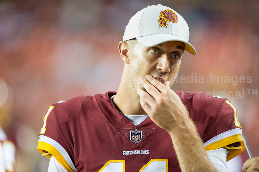Landover, MD - August 24, 2018: Washington Redskins quarterback Alex Smith (11) on the sidelines during preseason game between the Denver Broncos and Washington Redskins at FedEx Field in Landover, MD. The Broncos defeat the Redskins 29-17. (Photo by Phillip Peters/Media Images International)