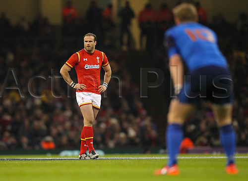 26.02.2016. Principality Stadium, Cardiff, Wales. RBS Six Nations Championships. Wales versus France. Wales Jamie Roberts in action during the match