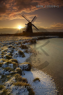 Tom Mackie, CHRISTMAS LANDSCAPE, photos,+atmosphere, atmospheric, Britain, British, composition, digital, East Anglia, England, EU, Europa, Europe, European, Herringf+leet, leading lines, mood, moody, snow, Suffolk, sunrise, sunset, UK, upright, vertical, windmill, windpump, winter, wintery,+atmosphere, atmospheric, Britain, British, composition, digital, East Anglia, England, EU, Europa, Europe, European, Herringf+leet, leading lines, mood, moody, snow, Suffolk, sunrise, sunset, UK, upright, vertical, windmill, windpump, winter, wintery+,GBTM100008-1,#xl#