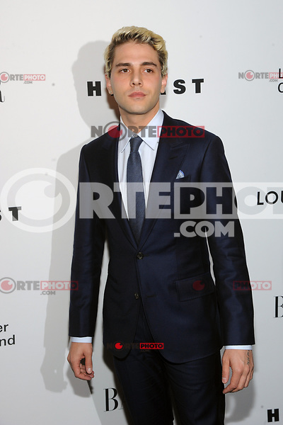 NEW YORK, NY - NOVEMBER 30: Xavier Dolan at the Lincoln Center Corporate Fund Gala at Alice Tully Hall in New York City on November 30, 2017. Credit: John Palmer/MediaPunch NortePhoto.com. NORTEPHOTOMEXICO