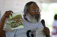 Lideranças do GTA Rubens Gomes, convidados e jornalistas conversam sobre os trabalhos para o IV Encontrão  para dar continuidade a implantação do protocolo comunitário no Arquipélago do Bailique  na foz do rio Amazonas, Amapá, Brasil.Foto Paulo Santos 12/06/2015
