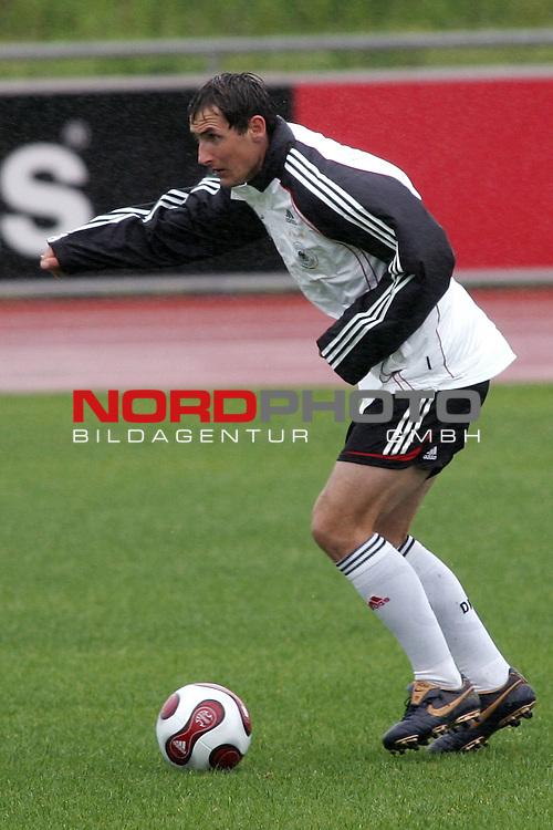 Training Deutsche Nationalmannschaft EM-Qualifikationsspiel Deutschland - San Marino<br /> <br /> Einzelaktion Miroslav Klose.<br /> Foto &copy; nph (nordphoto)<br /> <br /> <br /> <br />  *** Local Caption ***