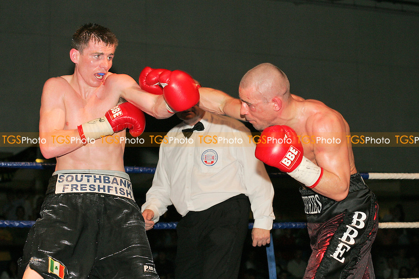 Rob Jeffries defeats Peter McDonagh in a Lightweight boxing contest at Goresbrook Leisure Centre, Dagenham - 30/04/05 - MANDATORY CREDIT: Gavin Ellis/TGSPHOTO - Self billing applies where appropriate - 0845 094 6026 - contact@tgsphoto.co.uk - NO UNPAID USE.