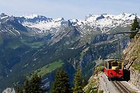 CHE, SCHWEIZ, Kanton Bern, Berner Oberland, Schynige Platte oberhalb Interlaken: Die Schynige Platte-Bahn war die erste Bahn im Berner Oberland, die einen Alpengipfel bezwang | CHE, Switzerland, Bern Canton, Bernese Oberland, Schynige Platte: Schynige Platte Cable Railway