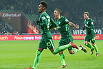 13.01.2018, Weser Stadion, Bremen, GER, 1.FBL, Werder Bremen vs TSG 1899 Hoffenheim, im Bild<br /> <br /> 1 zu 1Theodor Gebre Selassie (Werder Bremen #23)<br /> <br /> jubel mit Max Kruse (Werder Bremen #10)<br /> <br /> Foto &copy; nordphoto / Kokenge