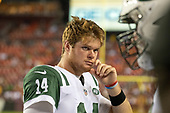 New York Jets quarterback Sam Darnold (14) on the bench in the first quarter against the Washington Redskins at FedEx Field in Landover, Maryland on Thursday, August 16, 2018.<br /> Credit: Ron Sachs / CNP<br /> (RESTRICTION: NO New York or New Jersey Newspapers or newspapers within a 75 mile radius of New York City)