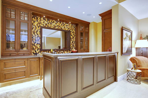 Aladdin, a jewel glass waterjet  mosaic backsplash shown in Amber, Tiger's Eye, and Tortoise Shell.<br />