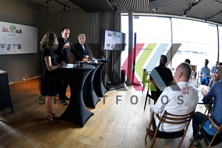 Mannheim 21.07.17 Pressegespraech &bdquo;engelhorn Gourmetfestival mit neuem Konzept&ldquo; im Bild Das Podium und die Gaeste bzw. die Koeche.<br /> <br /> Foto &copy; Ruffler For editorial use only. (Bild ist honorarpflichtig - No Model Release!)