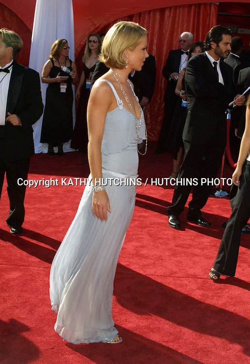©2003 KATHY HUTCHINS / HUTCHINS PHOTO.55TH  ANNUAL EMMYS.SHRINE AUDITORIUM.LOS ANGELES, CA    9/21/03.CHRISTINA APPLEGATE