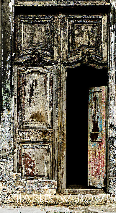 Everyday Cuba beautiful old doors everywhere <br />
