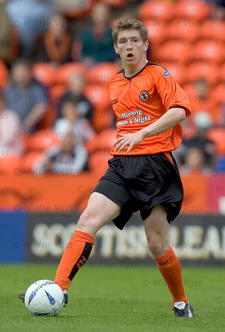 Mark Wilson, Dundee Utd.stock season 2004-2005.pic willie vass