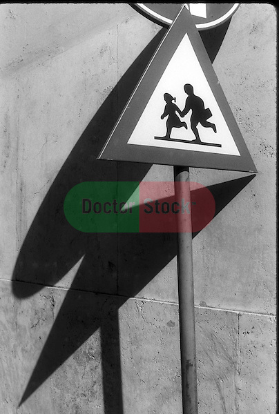 traffic sign of children running