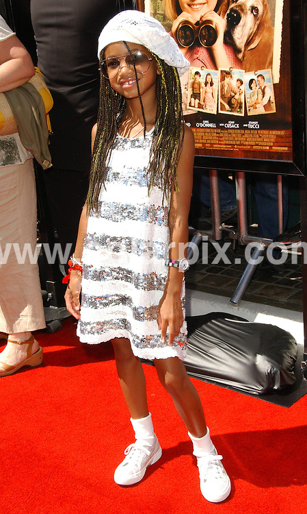 **ALL ROUND PICTURES FROM SOLARPIX.COM**.**SYNDICATION RIGHTS FOR UK, SPAIN, PORTUGAL, AUSTRALIA, S.AFRICA & DUBAI (U.A.E) ONLY**.The Hollywood comedy actor Will Smith, Jada Pinkett Smith, sons Trey, Jayden and daughter Willow attend Kit Kittredge An American Girl  World Premiere at the The Grove in Los Angeles California in the USA.   .This pic:Willow,Smith.JOB REF:6640-PHZ/Albert L. Ortega .    DATE:14_06_08 .**MUST CREDIT SOLARPIX.COM OR DOUBLE FEE WILL BE CHARGED* *UNDER NO CIRCUMSTANCES IS THIS IMAGE TO BE REPRODUCED FOR ANY ONLINE EDITION WITHOUT PRIOR PERMISSION*