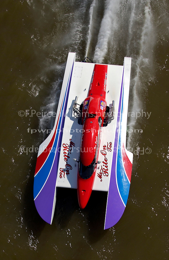 "Tom English, E-75, ""Miss Rite-On"" (5 Litre class hydroplane)"