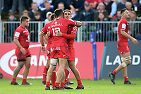 Toulouse players celebrate at the final whistle. Heineken Champions Cup match, between Bath Rugby and Stade Toulousain on October 13, 2018 at the Recreation Ground in Bath, England. Photo by: Patrick Khachfe / Onside Images