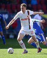 FUSSBALL   1. BUNDESLIGA  SAISON 2011/2012   32. Spieltag FC Augsburg - FC Schalke 04         22.04.2012 Jan Ingwer Callsen Bracker (FC Augsburg)