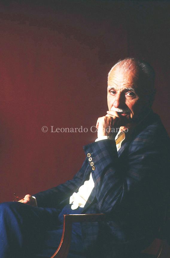 Mario Monicelli (Roma, 16 maggio 1915 &ndash; Roma, 29 novembre 2010) &egrave; stato un regista, sceneggiatore e scrittore italiano.<br /> <br /> Monicelli &egrave; stato uno dei pi&ugrave; celebri e apprezzati registi italiani. Mario Monicelli was born on May 15, 1915 in Viareggio, Tuscany, Italy. He was a writer and director, known for L'armata Brancaleone (1966), I compagni (1963) and Il marchese del Grillo (1981). He was married to Antonella Salerni and Chiara Rapaccini. He died on November 29, 2010 in Rome, Lazio, Italy. See full bio &raquo; Venezia settembre 1991. Festival Internazionale del Cinema di Venezia. &copy; Leonardo Cendamo
