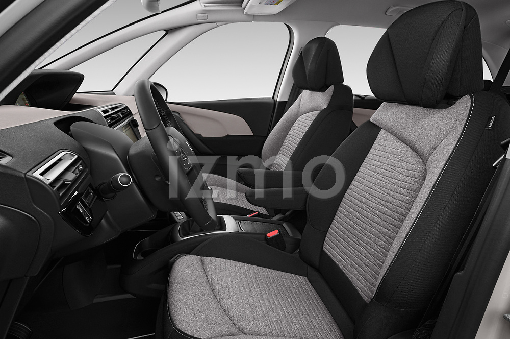 Front seat view of a 2018 Citroen C4 Spacetourer Business + 5 Door MPV front seat car photos