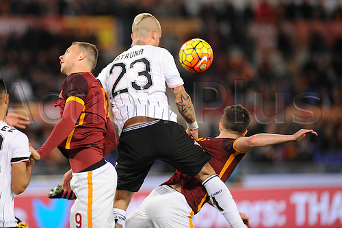21.02.2016. Stadium Olimpico, Rome, Italy.  Serie A football league. AS Roma versus Palermo. DZEKO EDIN challenged by Aljaž Struna