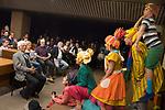 Uruguay / Montevideo / 2017<br /> 40 Feria Internacional del Libro. Visita del escritor brasile&ntilde;o Ziraldo (1932), presentado por Denise Mota. En la foto, representaci&oacute;n de un texto de El Polilla a cargo de actores del teatro El Galp&oacute;n. Sentado, a la izquierda de la foto, el autor. Montevideo, 09/10/2017.<br /> Foto: Ricardo Ant&uacute;nez / adhocFOTOS