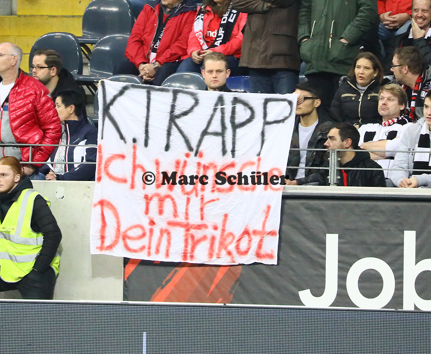 Fan von Torwart Kevin Trapp (Eintracht Frankfurt) - 11.11.2018: Eintracht Frankfurt vs. FC Schalke 04, Commerzbank Arena, DISCLAIMER: DFL regulations prohibit any use of photographs as image sequences and/or quasi-video.