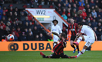 29th February 2020; Vitality Stadium, Bournemouth, Dorset, England; English Premier League Football, Bournemouth Athletic versus Chelsea; Steve Cook of Bournemouth blocks the shot from Pedro of Chelsea as Chelsea pile on late pressure