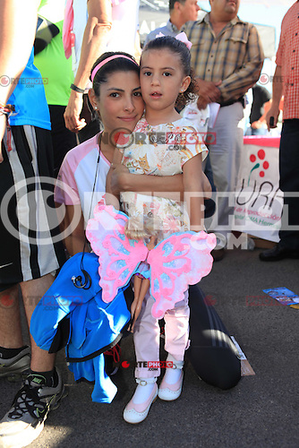 Carrera CIMA a favor de la Fundaci&oacute;n de Sylvana Beltrones.<br /> <br /> Sylvana Beltones y hija Sylvana  Ecudero <br />  <br /> **Photo&reg;&copy;:LuisGutierrez/NortePhoto
