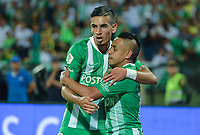 MEDELLIN - COLOMBIA, 14-09-2019: Vladimir Hernandez del Nacional celebra con Daniel Muñoz después de anotar el segundo gol de su equipo partido por la fecha 11 de la Liga Águila II 2019 entre Atlético Nacional y Cúcuta Depotivo jugado en el estadio Atanasio Girardot de la ciudad de Medellín. / Vladimir Hernandez of Nacional celebrates with Daniel Muñoz after scoring the second goal of his team during match for the date 11 as part of Aguila League II 2019 between Atletico Nacional and Cucuta Deportivo played at Atanasio Girardot stadium in Medellín city. Photo: VizzorImage / Leon Monsalve / Cont