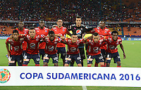 MEDELLIN- COLOMBIA - 18-10-2016: Los Jugadores de Deportivo Independiente Medellin, posan para una foto durante partido de ida entre Deportivo Independiente Medellin de Colombia y Cerro Porteño de Paraguay por los cuartos de final de final de la Copa Suramericana en el estadio Atanasio Girardot de la ciudad de Medellin. / The players of Deportivo Independiente Medellin, pose for a photo during a match between Deportivo Independiente Medellin of Colombia and Cerro Porteño of Paraguay for the first leg of the quarter finals of the South American Cup at the Atanasio Girardot stadium in the city of Medellin. Photo: VizzorImage / Leon Monsalve / Cont.