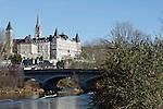 20080110 - France - Aquitaine - Pau<br /> LE CHATEAU DE PAU ET LE PARLEMENT DE NAVARRE VU DU PONT DU 14 JUILLET.<br /> Ref : PAU_026.jpg - © Philippe Noisette.