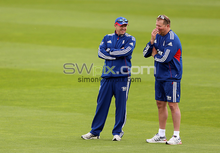 PICTURE BY VAUGHN RIDLEY/SWPIX.COM - Cricket - England v New Zealand, 2nd Test - England Nets - Headingley, Leeds, England - 22/05/13 - England Manager Andy Flower and David Saker.
