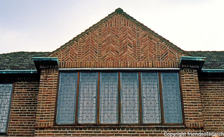 Eliel Saarinen: Saarinen house, upper story. Cranbrook, MI. 1930. Photo '97.