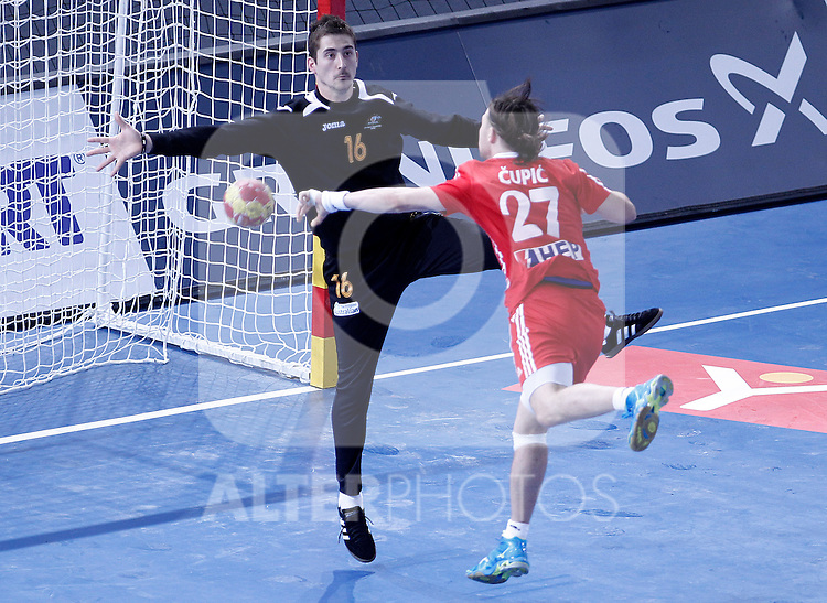 Croatia's Ivan Cupic (r) and Australia's Boris Jovanovic during 23rd Men's Handball World Championship preliminary round match.January 12 ,2013. (ALTERPHOTOS/Acero)